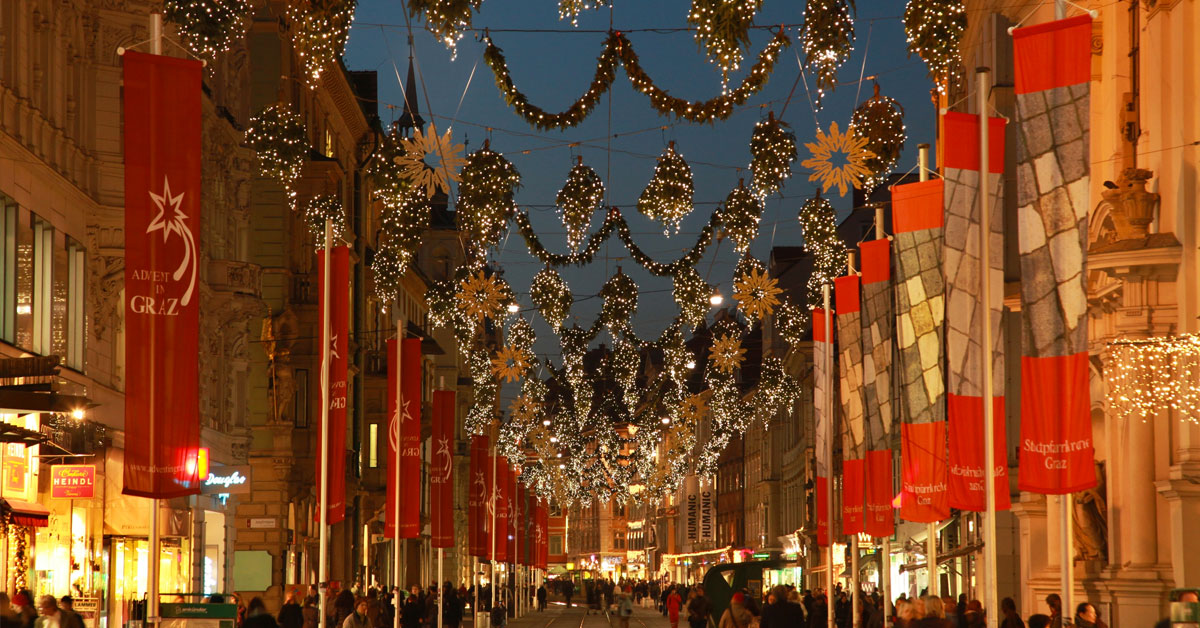 II.6. Градът празнува с коледна украса, базари и новогодишни спектакли