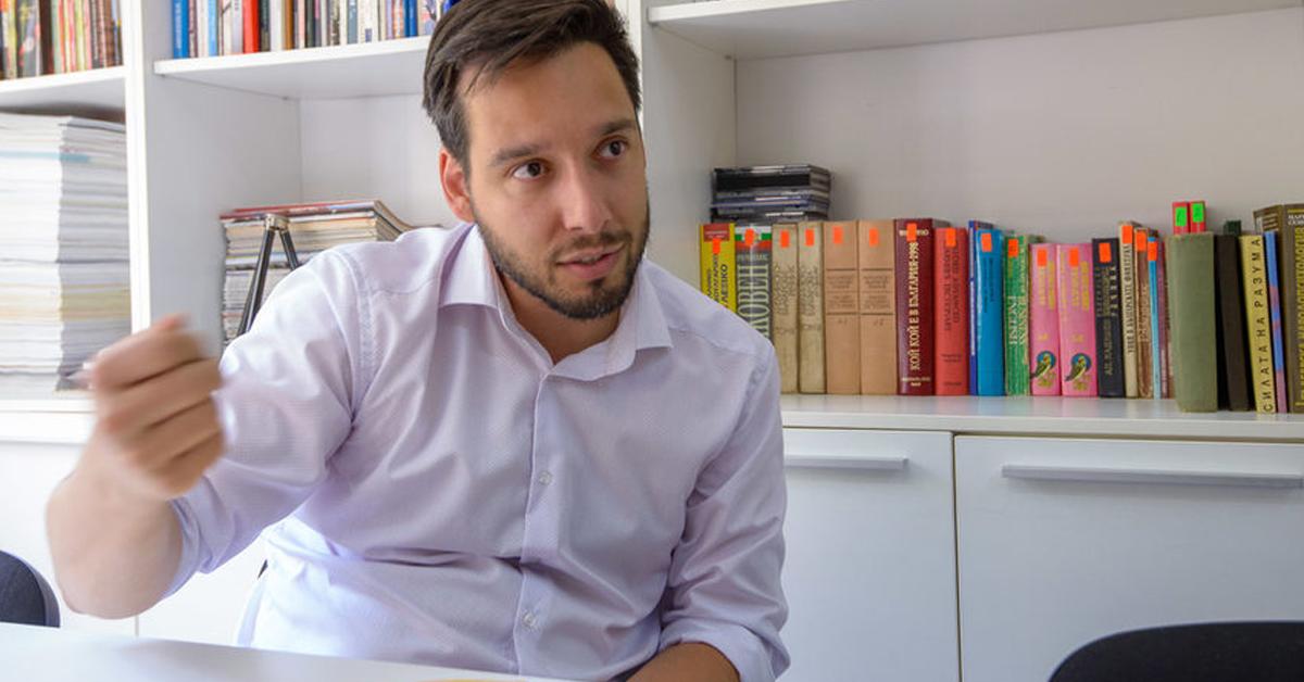 """Дневник: """"Спаси София"""" пита Фандъкова дали води кампанията си с общински пари"""""""